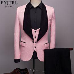 2019 tuxedos rosa bianco grooms PYJTRL Mens Fashion Big Scialle Risvolto 3 Pezzi Set Rosa Rosso Blu Bianco Nero Sposo Abiti Qualità Jacquard Banchetto Smoking # 486994 tuxedos rosa bianco grooms economici