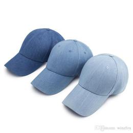 Gorras gratis online-Lavado Snapback Llanura Denim Gorras de béisbol Color sólido Ballcap en blanco al aire libre sombreros ocasionales Unisex hombre mujer Chapeau envío gratis