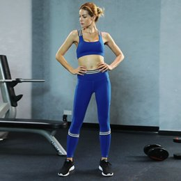 2019 vêtements d'entraînement de musculation Femmes Workout Outfit Fitness Bodybuilding Yoga Set Sports Wear Rembourré Soutien-Gorge Serré Legging Survêtements Compression Gym Vêtements # 945937 promotion vêtements d'entraînement de musculation