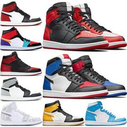 2019 scarpe multicolori da uomo Nuovo 1 High Olimpiadi Toe Bred Chicago Banned Gioco Reale di pallacanestro Scarpe Uomo 1S Shattered formatori Tabellone Ombra multicolore Sneakers US7-13 scarpe multicolori da uomo economici