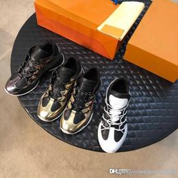 2019 zapatillas de suela de goma Zapatillas de deporte exclusivas de la nueva llegada. Parte inferior roja, suela de goma flexible y zapatillas diseñadas estilo Chuncy unisex zapatillas de suela de goma baratos