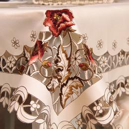Bordado Hollow-Out Table Cloth Ellipse / Rectangle Cloth Table Runner Silla cubierta Hotel comedor boda decoración para el hogar desde fabricantes