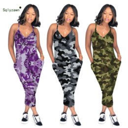 più il rompetto di dimensioni complessivo Sconti 2019 Donne Sexy Hollow Out Camouflage Tuta Streetwear Camo Stampato Pagliaccetto senza maniche Viola Verde Grigio Overall Plus Size 3XL