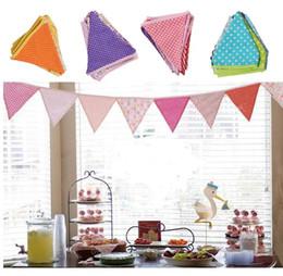 Esposizione della finestra della decorazione della stamina dell'insegna della bandiera della bandiera dello stendardo della festa di compleanno dei bambini da