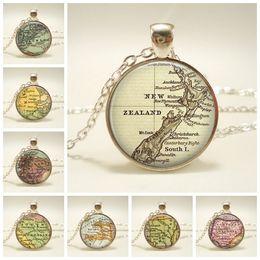Nuovi gioielli della zelanda online-New Globe Dome Collana Earth World Map Pendant Glass Chain Jewelry New Zealand Vintage Map Handmade Necklace