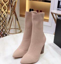 19ss Высокое качество 2019 весна осень Дизайнерские женские черный секс ню Olive Green Fabric стрейч носки туфли на высоких каблуках тянуть модные сапоги от