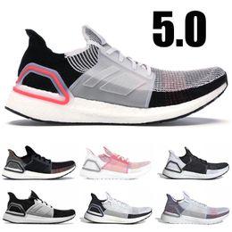 newest 36f08 86432 Chinois Ultra Boost 5.0 Chaussures De Course Hommes Femmes Designer Baskets  Noir Multi Couleur Panda Oreo