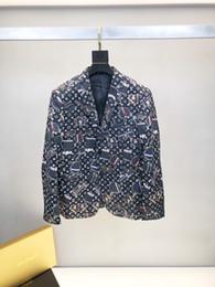hombres contrastan trajes de solapas de color Rebajas Trajes de hombres Ropa de diseñador de hombres tendencia impresión digital Contraste casual solapa Tela Cómoda camisa de diseño de un solo pecho hombres