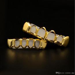 2019 oro superiore corpo cavo Uomo S Hip Hop Denti Grillz Set 6 Topsbottom Hollow Smooth Oro Argento Griglie dentali per le donne Rock Fashion Accessori per il corpo sconti oro superiore corpo cavo