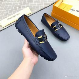 Mejores zapatos de vestir grises online-Iduzi Mejor calidad Marcas de lujo diseñador Hombres Zapatos Hombres Zapatos de vestir Zapatos ligeros Adultos Cuero genuino Oxford Cordones Gris