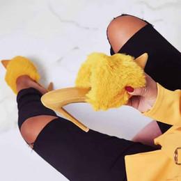 2019 chinelos de salto alto macios Novos sapatos de salto alto mulheres de luxo de pele macia chinelos senhoras sexy stiletto toe dedo do pé aberto partido sandálias slides tamanho grande desconto chinelos de salto alto macios