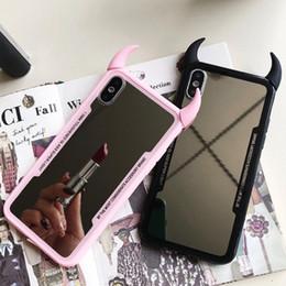 2019 caja del teléfono espejo de acrílico Funda de teléfono de espejo de lujo para iPhone 7 6 6s 5 8 Plus Funda de cuerno de diablo 3D linda para iPhone X XS Max XR Funda trasera de acrílico duro Coque rebajas caja del teléfono espejo de acrílico