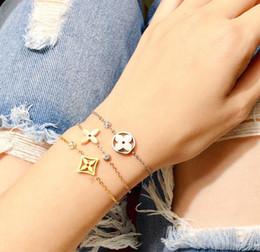 2019 titan rosen schmuck Marken-Designer-Armband für Frauen-Qualitäts-klassische Entwerfer 18K Gold überzogenen Titan Stahl Gold Silber Armbänder C294
