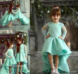 2019 Chic Alto Bajo Lindo Princesa Manga larga Vestido de desfile de niña Vintage Árabe Fiesta de encaje Vestido de niña de flores Vestido bonito para niño pequeño desde fabricantes