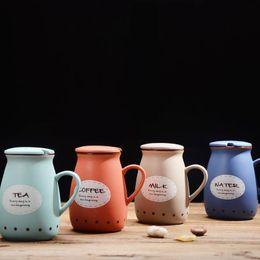 Tazza da latte in ceramica vintage con cucchiaio carino pancia Tazza tazza da caffè in porcellana osso tazza per amanti creativi con coperchio bottiglia d'acqua potabile 400ml cheap ceramic bottles da bottiglie in ceramica fornitori