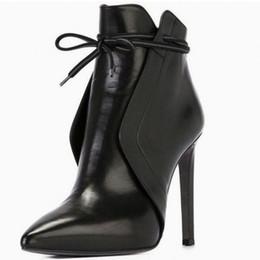 Saltos mais finos on-line-Salto Alto Botas Mulheres Senhoras Toe fino e pontudo Sapatinho curtas senhoras elegantes arco do salto alto para o casamento ocasional sapatos de couro