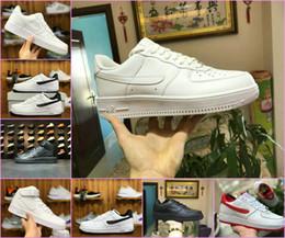 new product 1169a edb46 2019 Classic AF One 1 zapatos bajos de los hombres Fuerza aérea blanca  Negro Dunk SB Sports Skateboarding 1 MID 07 Zapatos Rda Zapatillas  deportivas