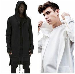 Hoodies à capuche pour hommes chauds de vente de couleur unie Cardigan long de cape de capuchon de l'assassin Sweat-shirts pour homme ? partir de fabricateur