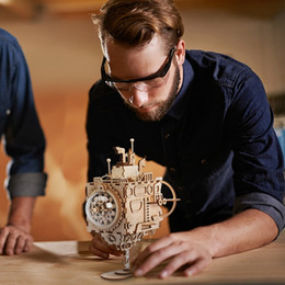 jogos de adultos de madeira Desconto Robotime Creative DIY 3D Steampunk Submarine Wooden Puzzle Game Assembly Music Box Toy Gift for Children Teens Adult AM680 Y200414