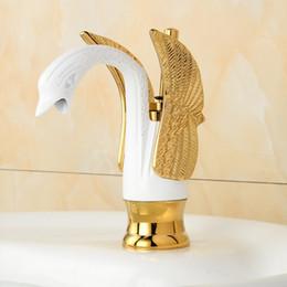 Faucet baixo on-line-Torneiras De Bacia Do Banheiro De Luxo OUYASHI low Swan Faucets Deck mounted