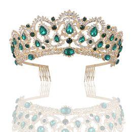 Spedizione gratuita europeo goccia verde rosso cristallo Tiara oro Vintage strass Pageant Crowns con pettine barocco lusso Wedding Accessori per capelli da decorazione degli accessori da giardino fornitori