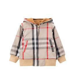 casacos longos de inverno da linha da princesa Desconto New Design de Moda Outono e inverno menino jaqueta de design de espessura quente jaqueta xadrez de algodão com capuz