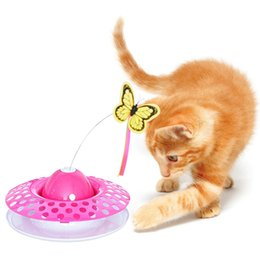 2019 juego de mariposas Pet Cat Flying Butterfly Turntable Ball Juguete de plumas interactivo Juguete automático 3 en 1 Divertido eléctrico Pet Cat Playing Products juego de mariposas baratos
