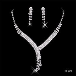 Joyería de lujo conjuntos de joyería online-Lujo y Barato 15023 Pendiente Cristalino de La Boda Nupcial Collar Redondo Moda Novia Conjuntos de Joyas Joyería del Partido de Noche