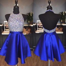 mini satin sexy Rebajas Royal Blue Satin A Line Vestidos de Fiesta Cortos Baratos Piedras moldeadas Parte superior sin espalda Longitud de la rodilla Fiesta formal Vestidos de cóctel de graduación