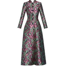 Mujer bordada zanja online-2019 Nueva primavera y otoño Retro Jacquard de lujo de las mujeres bordado Super Long Coat mujer Floral Trench Coat Slim Outwear