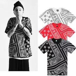 Camisa preta do impressão do bandana on-line-Topos de verão dos homens Engraçado Impressão Preto Bandana 3d T-shirt Paisley Tshirt Caju Flores Camisas Homem Hiphop O Pescoço T camisas