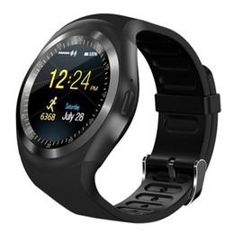 Gsm remote sim on-line-Y1 relógio inteligente estilo pulseira de alta resolução telefone Android Relogio Sim GSM câmera remota / exibição de informações da câmera esporte pedômetro