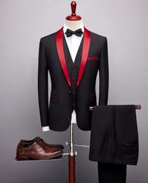 pezzi di costume mariage Sconti 3 pezzi abiti da uomo 2019 primavera autunno rosso scialle colletto sposo abito da sposa costume Homme Mariage Suit