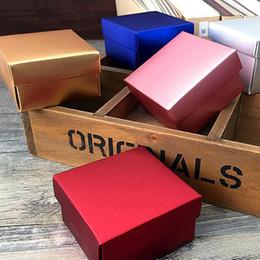 Kartons für süßigkeiten online-50pcs Kraft Papier-Süßigkeit-Kasten Hochzeits-Geschenk-Verpackungs-Kasten-Hochzeit Geburtstagsfeierbevorzugungen Karton Handgemachte Seife Boxen Goldrot Christmas Box