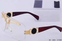 Marca de óculos de sol europeia para mulheres on-line-2019 novos homens / mulheres óculos de sol tendência blackout marca óculos de sol da moda europeus e americanos 2138 Eyewear
