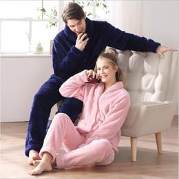 2019 vestiti di novità oro 2017 Inverno Marca Homewear Coppie Pajama set Uomo Addensare Calda flanella Velluto Indumenti da notte Uomo Colletto rovesciato Cappotto + pantaloni