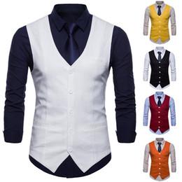 Льняные жилеты онлайн-New Mens Linen Vest 2018 Мужская мода Льняная Тонкая секция Простая мужская повседневная одежда 9-цветная мужская однобортная
