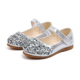 Meninas da velha escola on-line-Moda Kid Partido Sapato Para Little Girls Summer Sapatos De Couro De Lantejoulas Princesa Crianças Da Escola Sapatos de Casamento 1 2 3 4 5 6 Ano de Idade