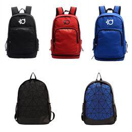 Marca New Mens Designer Backpack Moda Marca escola bolsa de ombro Designer Backpack forma do estudante Mulheres Homens de Fornecedores de capas de fone de ouvido de silicone