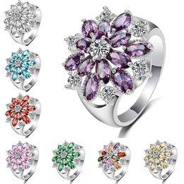lila diamant verlobungsring Rabatt Prinzessin blume voller diamanten verlobungsring silber farbe österreichischen kristall bunt rot grün lila blau rosa weiß gelb ring 080294
