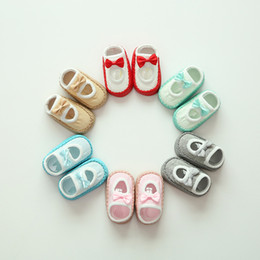 Tierdruck fliege online-Baby Infant Fliege Socken Cartoon Animal Print Indoor Baumwolle Fußbodensocken Kinder Kinder Leder Sohle Rutschfeste Dicke Socken Baby Prewalker