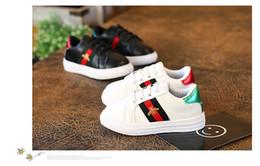 Caoutchouc pour l'école en Ligne-Designer Enfants Chaussures Garçons Abeille Casual Chaussures De Course De Mode Sport Garçons Sneakers En Caoutchouc Enfants École Chaussures Taille 26-36
