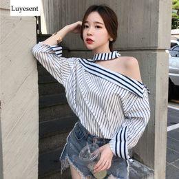coreano, listrado, blusa Desconto Mulheres Listrado Halter Sexy Primavera Blusa Feminina Um Lado Fora Do Ombro Assimetria Streetwear Blusas 2019 Moda Top Estilo Coreano