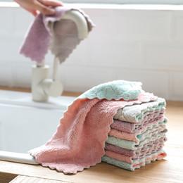 Lavare i piatti a mano online-100 pz a doppia faccia corallo del panno assorbente in pile panno di lavaggio pentola antiaderente olio asciugamano mano ispessimento pulire tovaglia tovagliolo cucina rag DHL
