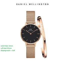 Ultra ince gül altın kadın saat Lüks Moda Saatler Stil Manşet Bilezik kadın kızlar için Katlanır toka kol saati hediyeler nereden