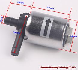 Válvula solenóide elétrica on-line-Brand new 12V válvula solenóide 6mm válvula de água normalmente fechar válvula de ar para DIY, Micro DC12V válvula solenóide elétrica ~