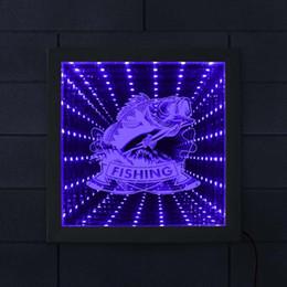 führte höhlenlampe Rabatt Angeln Seebarsch LED Neon Light Bass Fisch Tunnel Lampe LED Unendlichkeit Spiegel-Feld Fischer Beleuchtung Wohnkultur Man Cave Geschenk