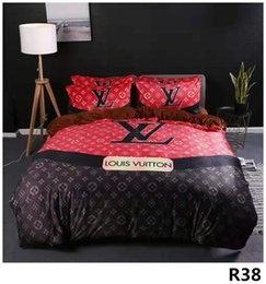 Fronhas de designer on-line-Chic Branded colorido acolchoado algodão 4pcs conjuntos de cama Designer Confortável Folha de cama Home Textiles Duvet Cover fronha