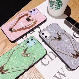 bonito iphone casos para livre Desconto Criativa iphone11 / coração xs caso de telefone bonito de vidro com tampa de proteção queda iPhone estande 8p DHL livre