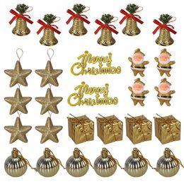 2020 jingle bell ball 28pcs de los cascabeles Stars regalos Bolas de Santa Claus Feliz Navidad Letra Tag ornamentos de navidad Decoración colgante colgante jingle bell ball baratos